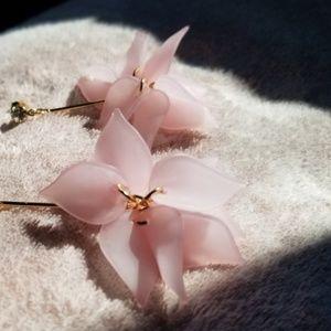 Jewelry - Pink Petal Drop Earrings